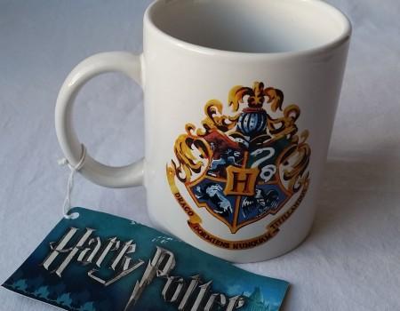 1: Hogwarts Mug